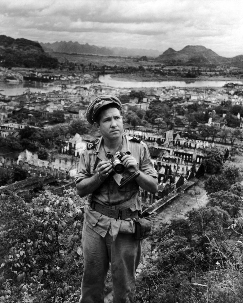 Jack Wilkes with his camera in China. (Photo by Jack Wilkes/The LIFE Picture Collection © Meredith Corporation)