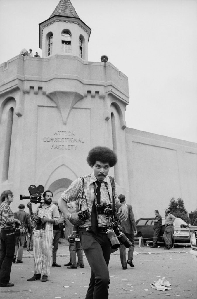 Photographer John Shearer on assignment outside Attica prison during a prisoner riot and uprising. (Photo by Bill Ray/The LIFE Picture Collection © Meredith Corporation)