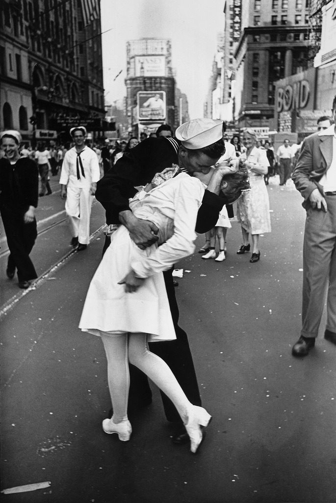 An American sailor kissing a white-uniformed nurse in Times Square to celebrate the victory over Japan in 1945. (Photo by Alfred Eisenstaedt/The LIFE Picture Collection © Meredith Corporation)