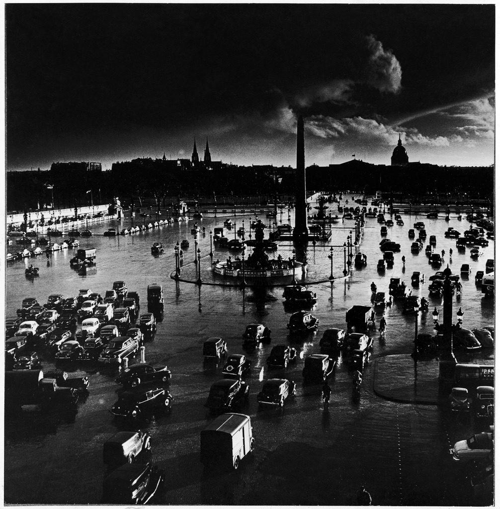 Place de la Concorde. (Photo by Gordon Parks/The LIFE Picture Collection © Meredith Corporation)