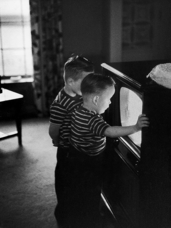 Orphaned brothers watching a TV set for the first time. (Photo by Francis Miller/The LIFE Picture Collection © Meredith Corporation)