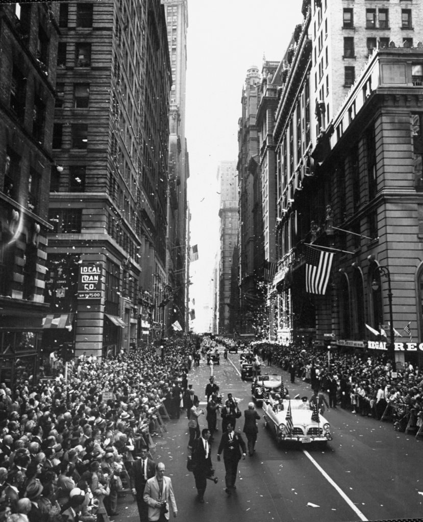 Ticker tape parade of crew of sub `Nautilus' up lower broadway. (Photo by Robert W. Kelley/The LIFE Picture Collection © Meredith Corporation)