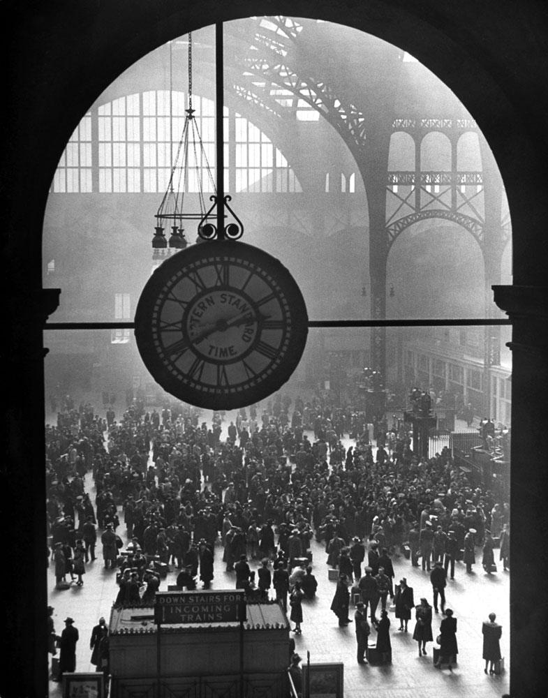 Beautiful, ornate clock at Pennsylvania Station, December 1942
