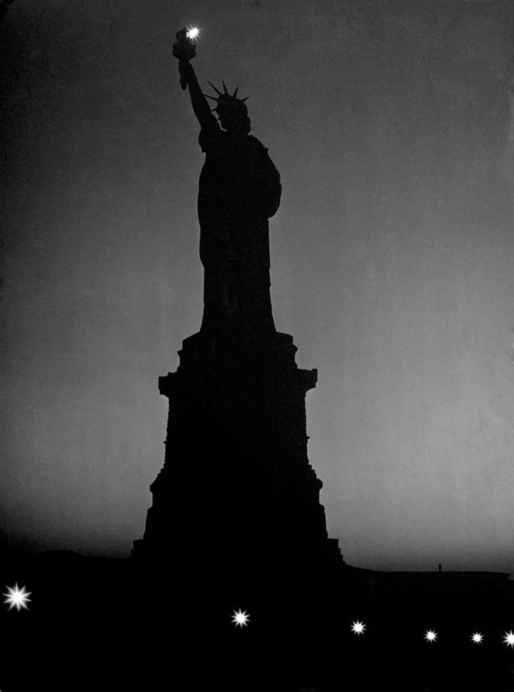 The silhouette of the Statue of Liberty in January 1943.