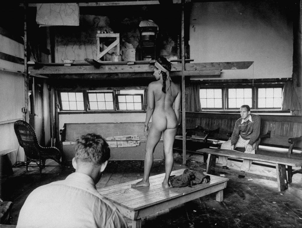 Skowhegan School of Art students in Maine sketch a nude model in 1948