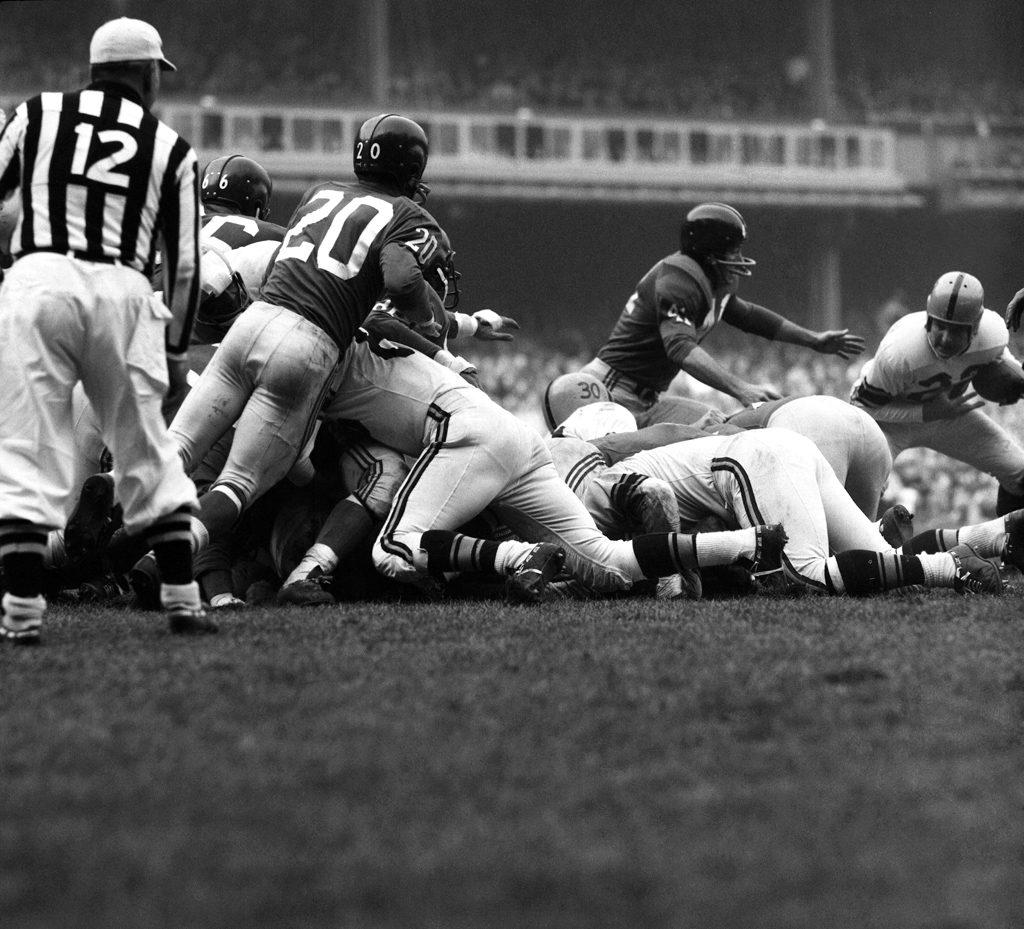 New York Giants at Yankee Stadium, 1960
