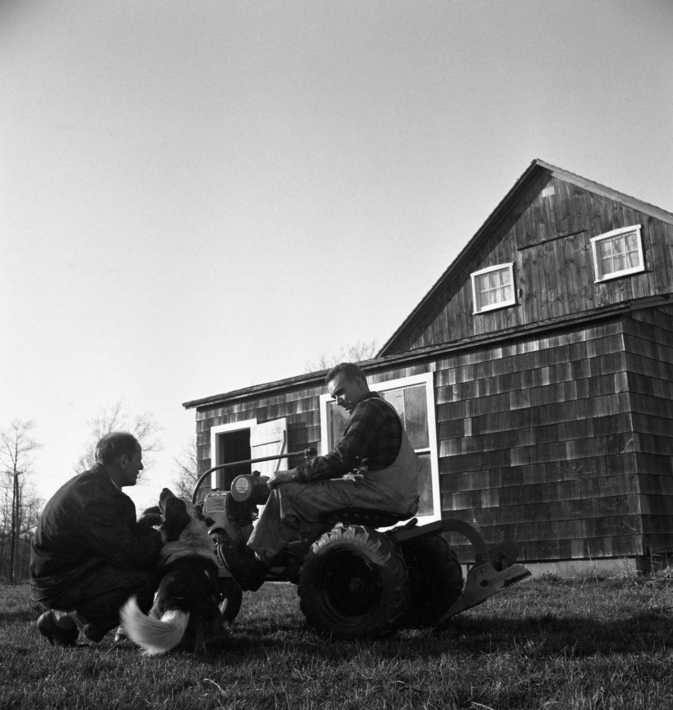 Jackson Pollock and neighbor, 1949.