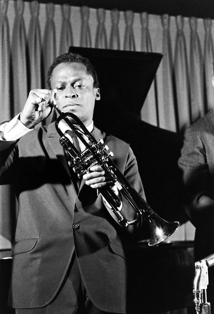 Picture of Miles Davis and his trumpet, 1958