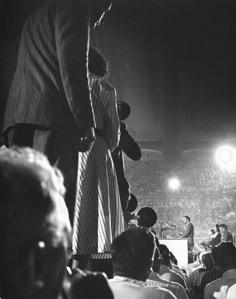 Thomas E. Dewey accepts Republican nomination for President at the Republican Natlonal Convention in June 1948.