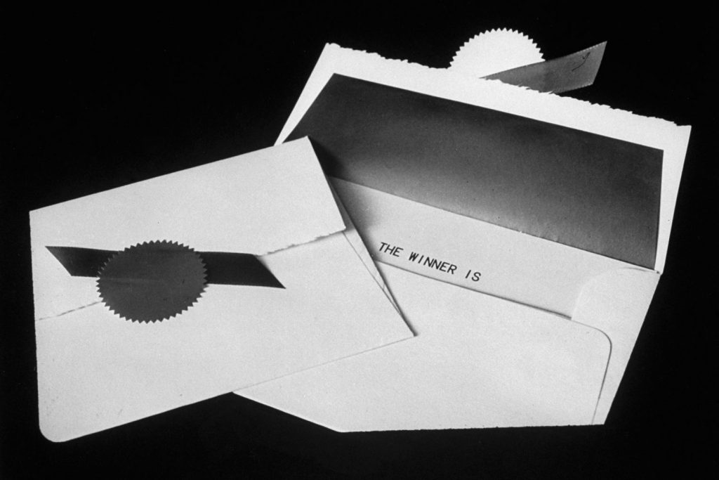 Envelope used by Price Waterhouse to enclose the name of Academy award winner