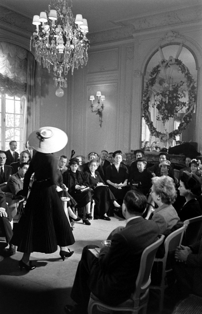 Dior fashion show, Paris, 1948.