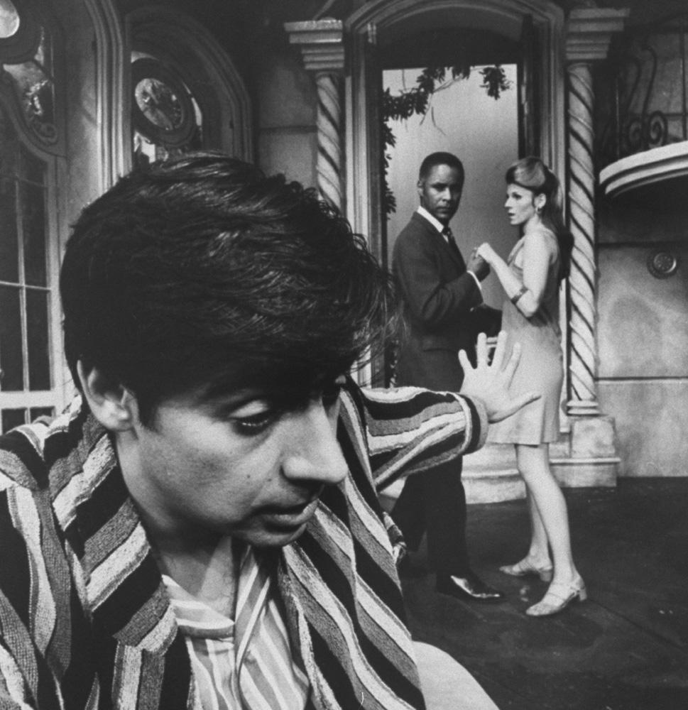"""Scene from Off-Broadway hit """"Scuba Duba"""" starring (L-R) Jerry Orbach, Rudy Challenger and Jennifer Warren."""