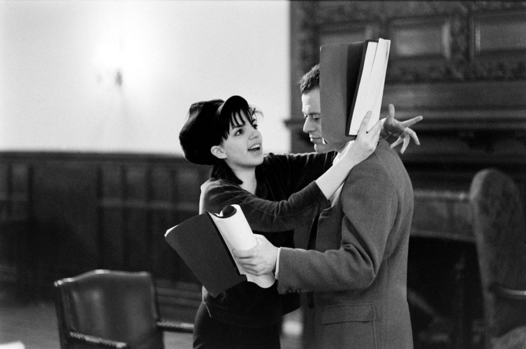 Liza Minnelli runs lines with her Flora the Red Menace costar Bob Dishy. In the show, Liza's Flora falls for his character, a fellow designer who pulls her toward Communism.