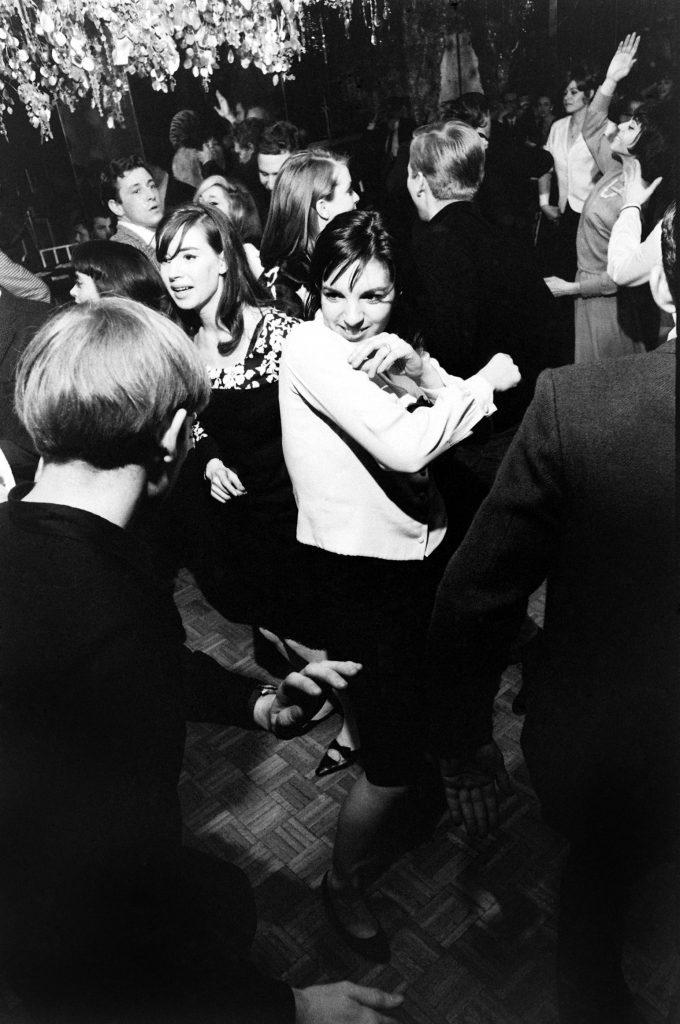 Liza Minnelli burns up the floor at her 19th birthday party at Il Mio, a disco inside Delmonico's Hotel in New York, March 1965.