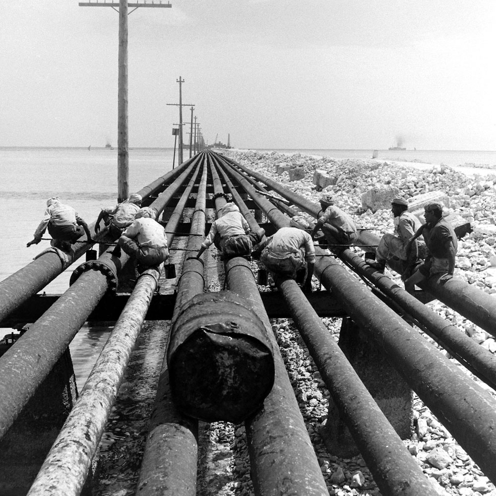 Oil industry laborers, Bahrain, 1945