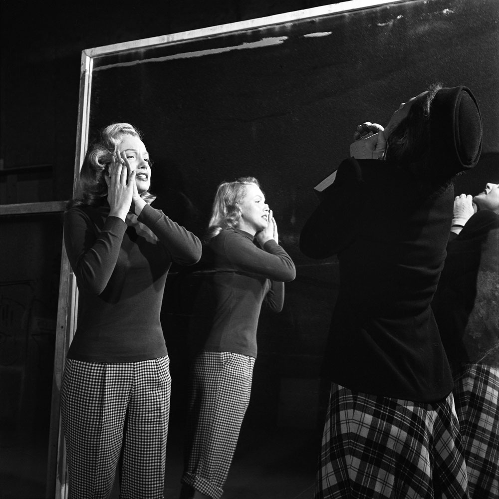 Marilyn Monroe, 22, takes lessons with acting coach, Natasha Lytess.