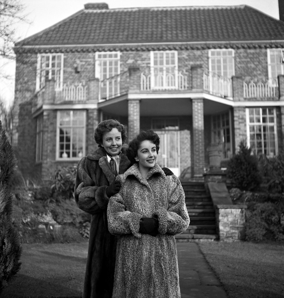 Elizabeth Taylor and her mother, Sara, in 1948.