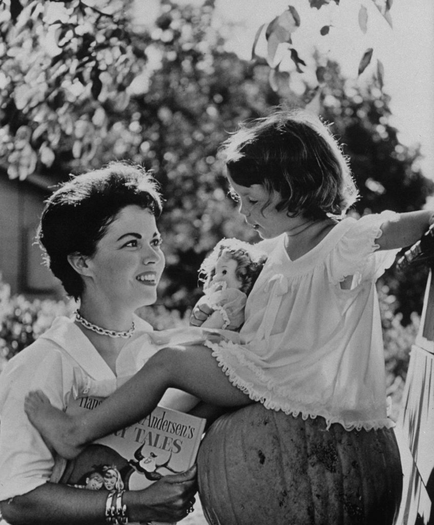 Shirley Temple with her daughter, Lori, in Atherton, California, in 1957.