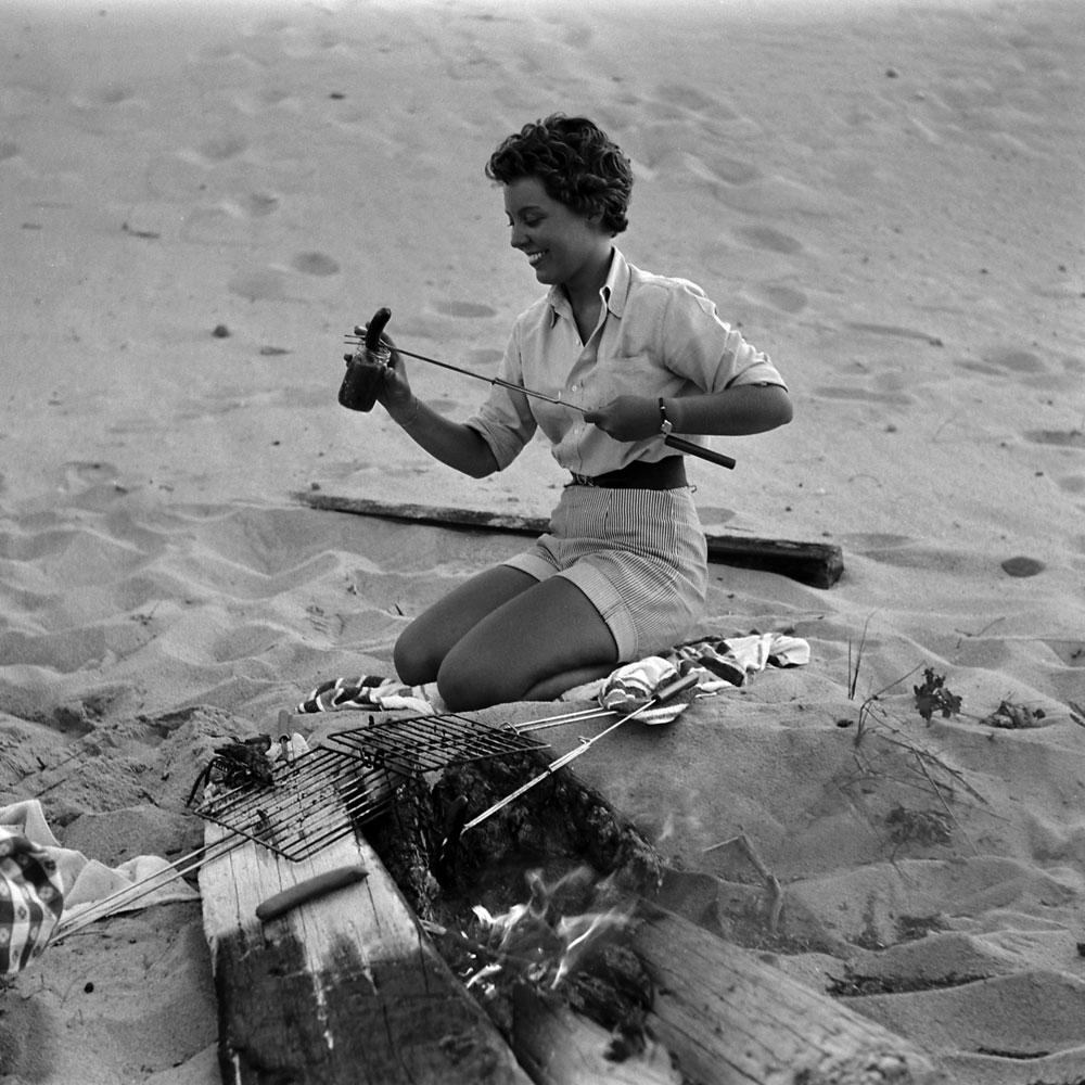 Beach barbecue, Massachusetts, 1953.