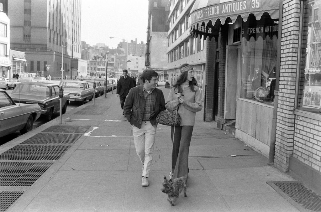 Dustin Hoffman and wife Anne, New York, 1969.
