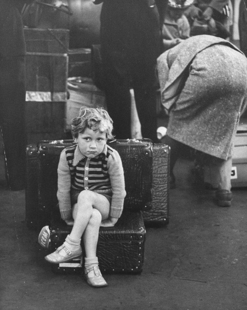 Immigrants arrive in the U.S., 1955.