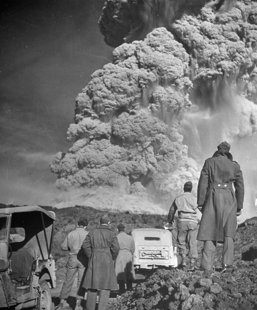 Troops watch the eruption of Mt. Vesuvius, 1944.