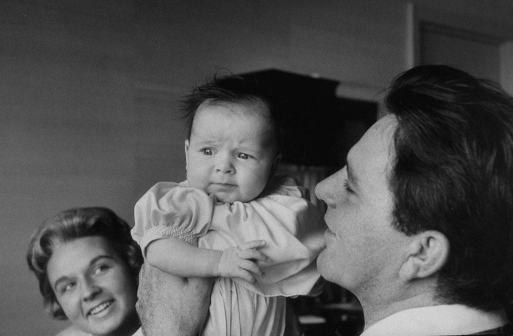 Richard Burton and daughter Kate, 1957.