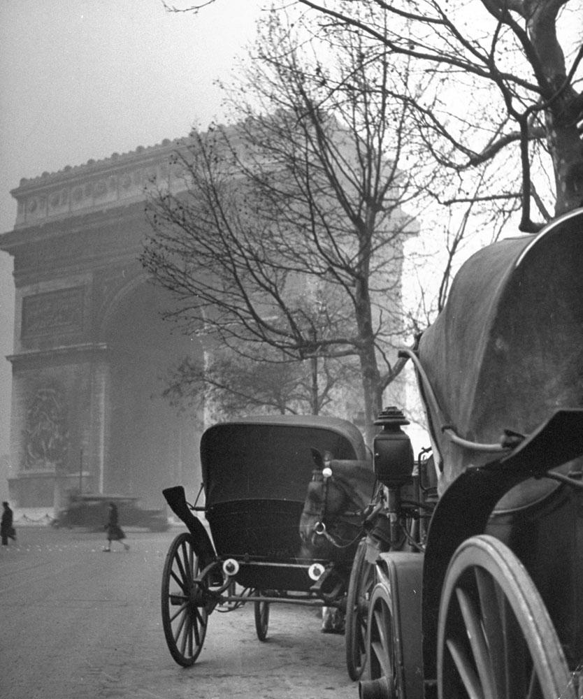 The Arc de Triomphe, 1946