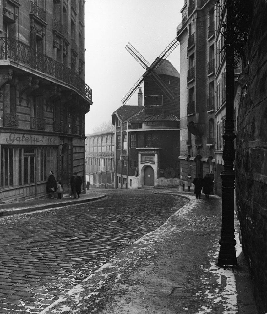 Moulin de la Galette, Paris, 1946.