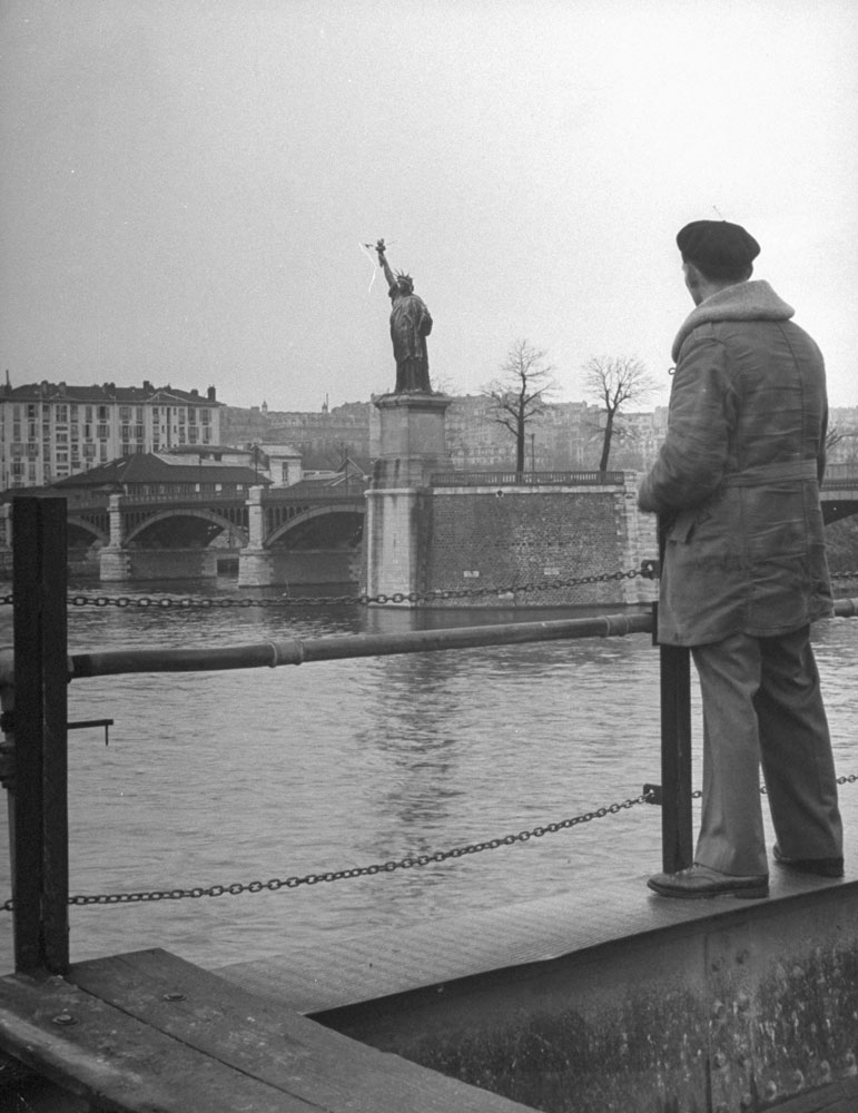 A small sister of the Statue of Liberty beside the Seine, 1946.
