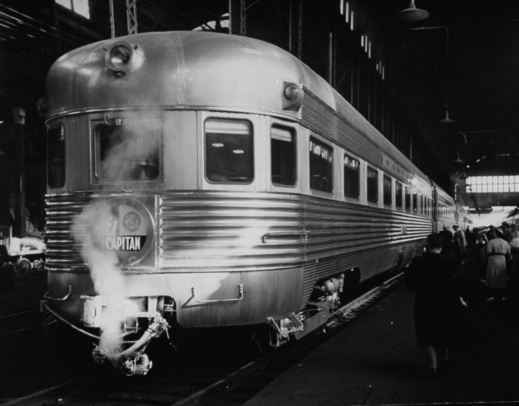 The El Capitan stopping in Chicago, 1939.