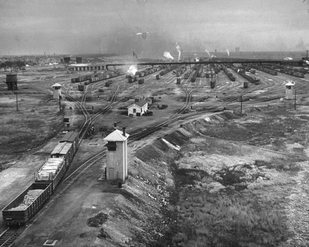Chicago train yard, 1943.