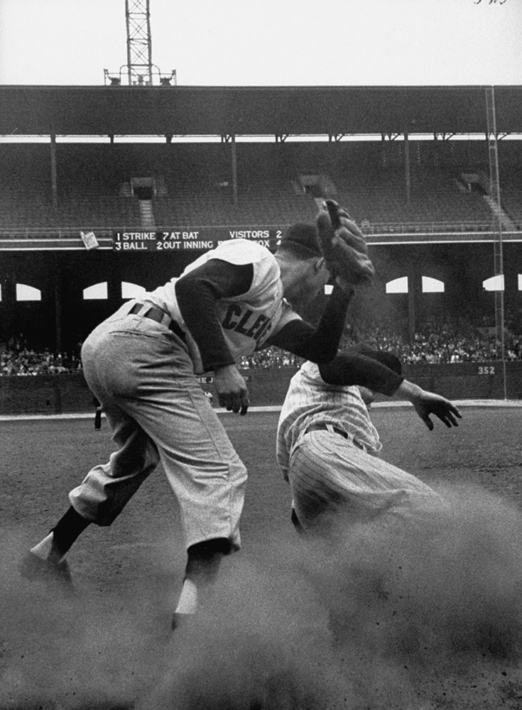 Cleveland-Chicago game, 1954.