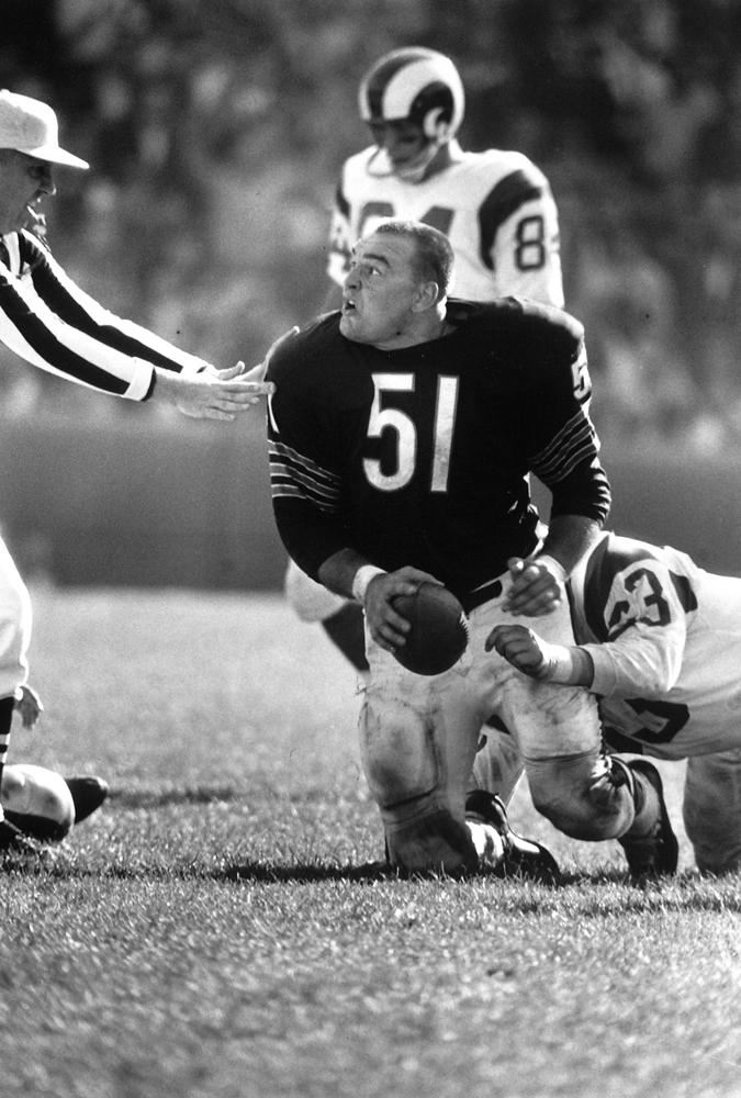 Dick Butkus in a game against the Rams, 1965.
