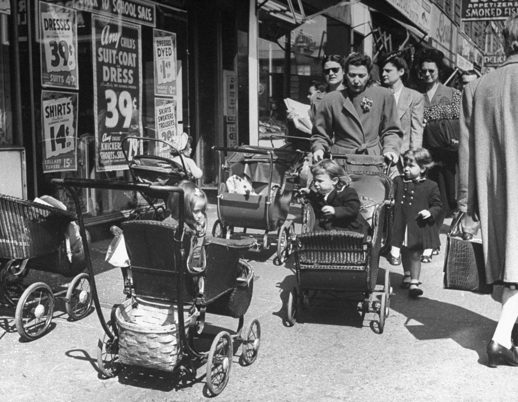 Sumner Avenue (now Marcus Garvey Boulevard) near Myrtle Avenue in Bed-Stuy, Brooklyn, 1946.