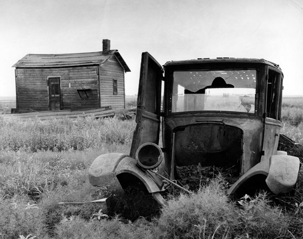 Abandoned farm, Oklahoma, 1942.