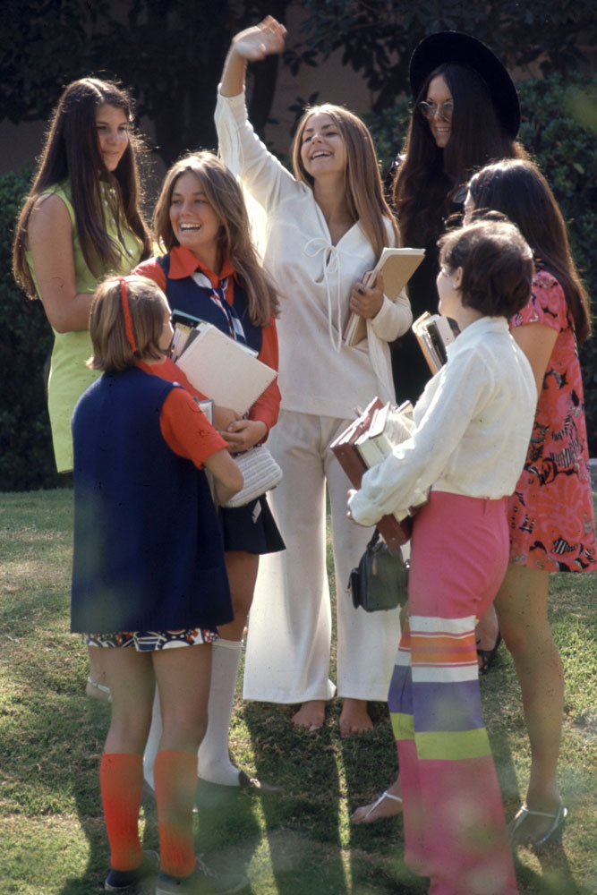 Beverly Hills High classmates show off their fashions, 1969.