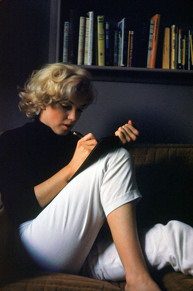 Marilyn Monroe at home, 1953.