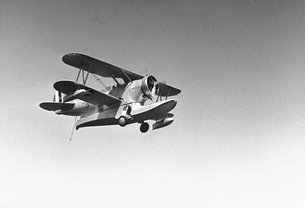 Amphibious U.S. Navy plane, 1940.