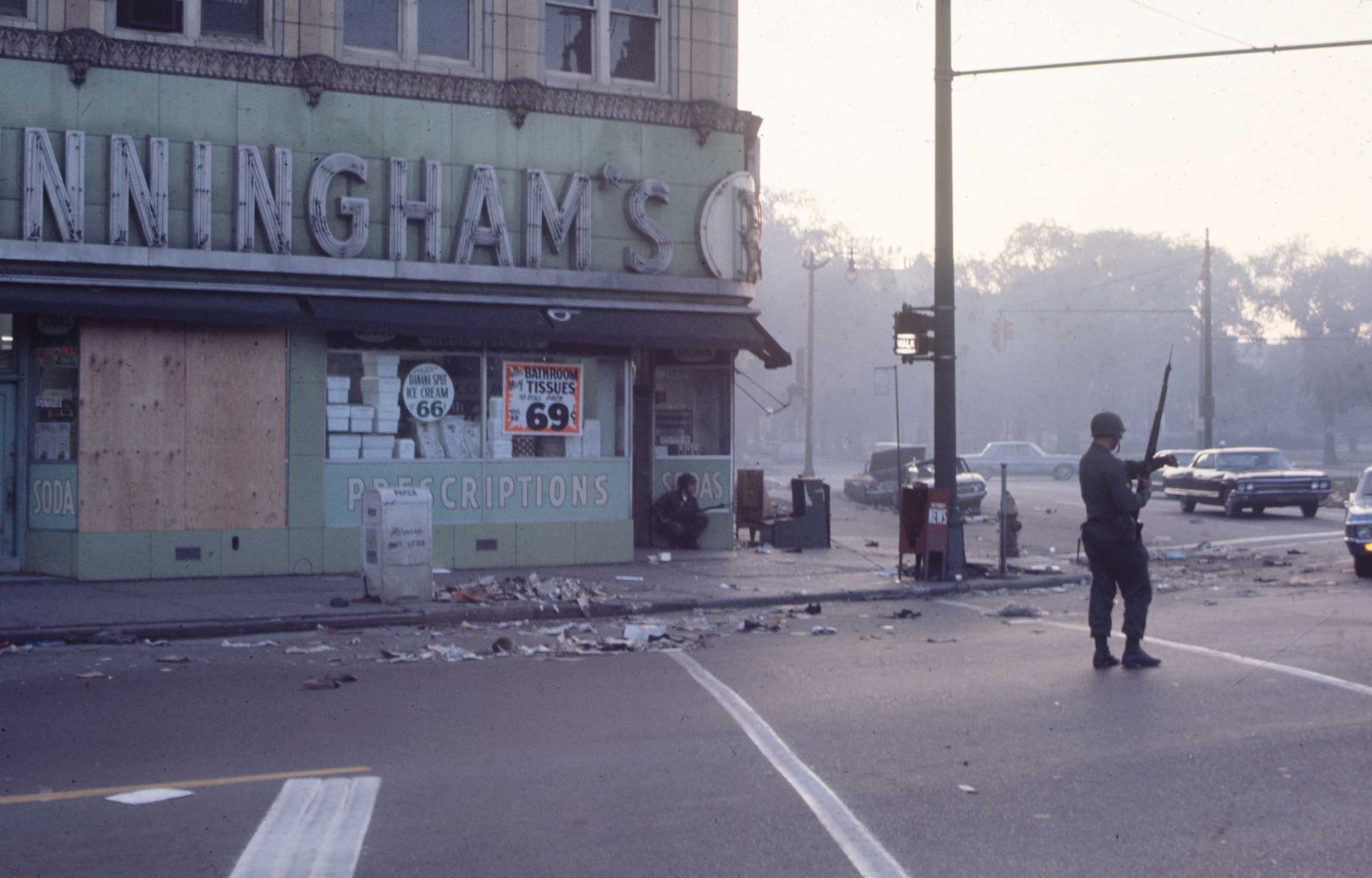 Detroit Burning: Photos From the 12th Street Riot, 1967