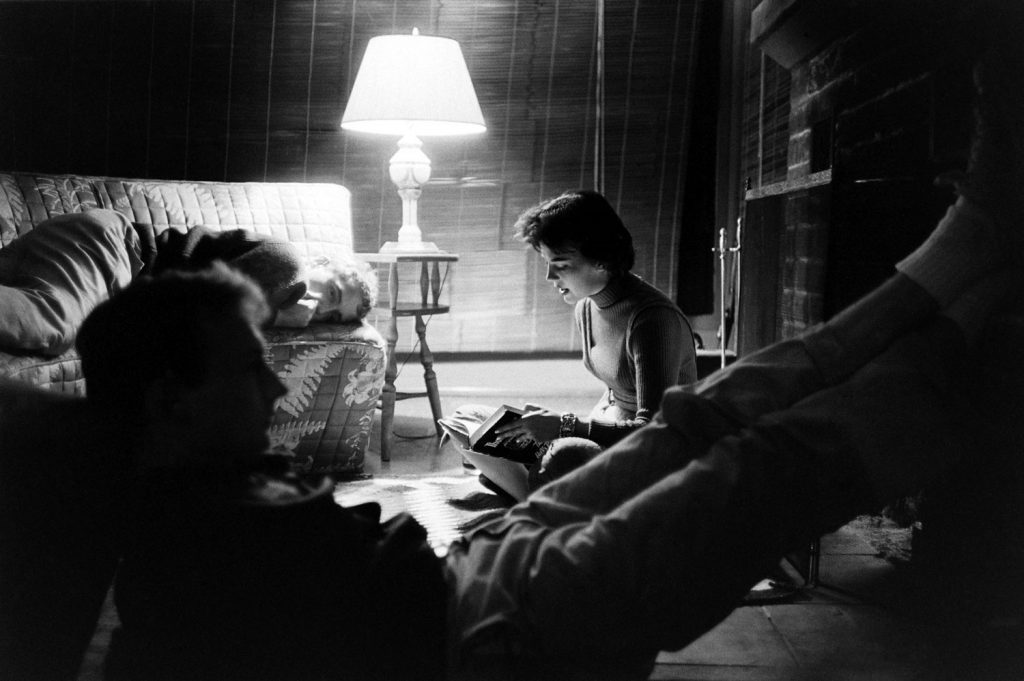 Natalie Wood reads aloud for friends Hopper and Adams.