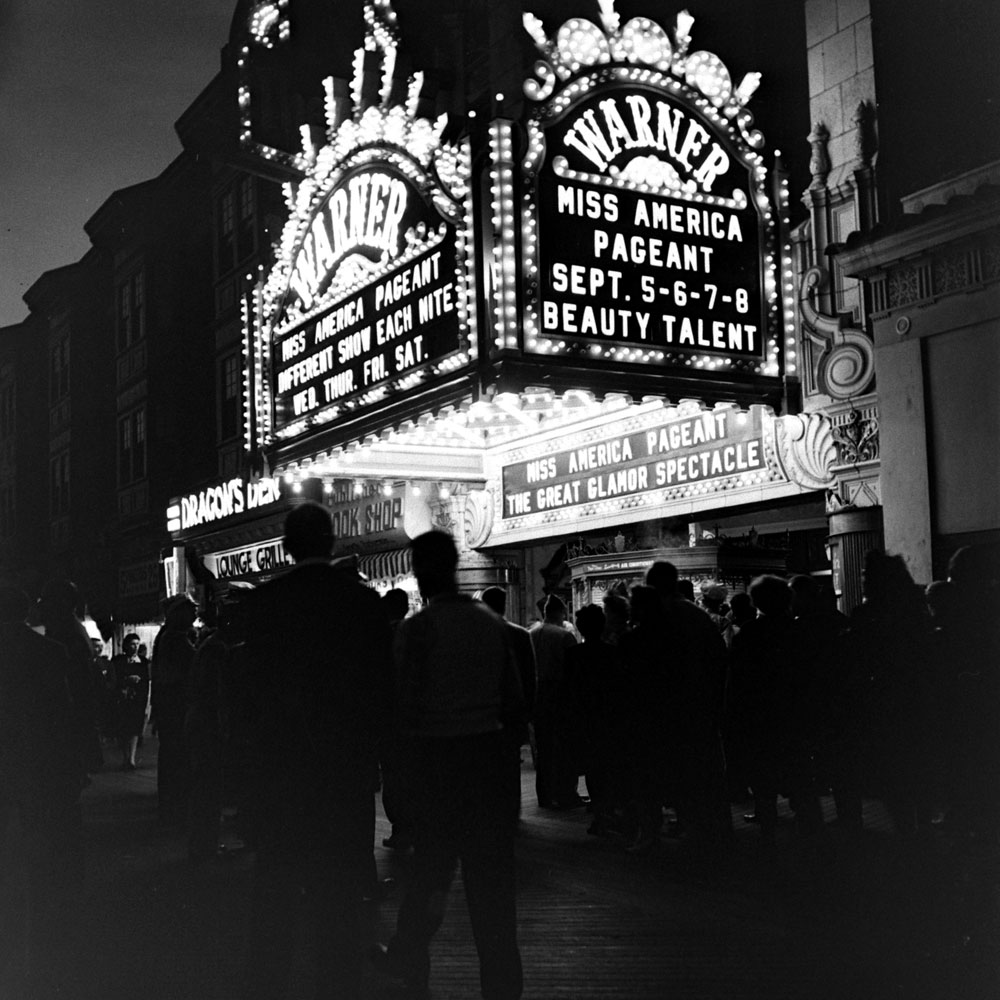 Scene outside the Miss America pageant in Atlantic City, 1945.