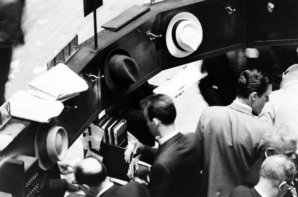 """Not originally published in LIFE. The NYSE during the 1962 """"flash crash."""""""