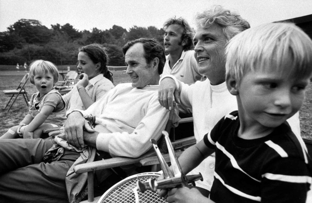 George H.W. Bush and family at home in 1971. Left-Right: Nephew Billy, daughter Dorothy, George H.W., son Neil, wife Barbara, nephew Jon.