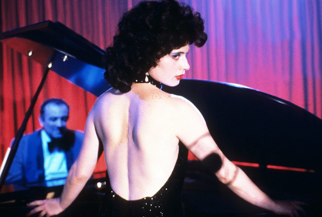 Blue Velvet, Angelo Badalamenti (at piano), Isabella Rossellini, 1986.