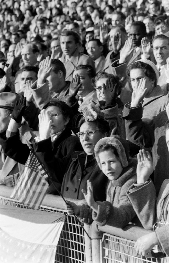 50,000 aliens become U.S. citizens on Veterans Day in 1954.